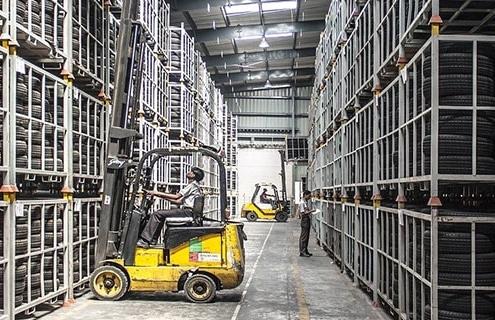 Forklift | ProGlove | Logisitcs Warehouse